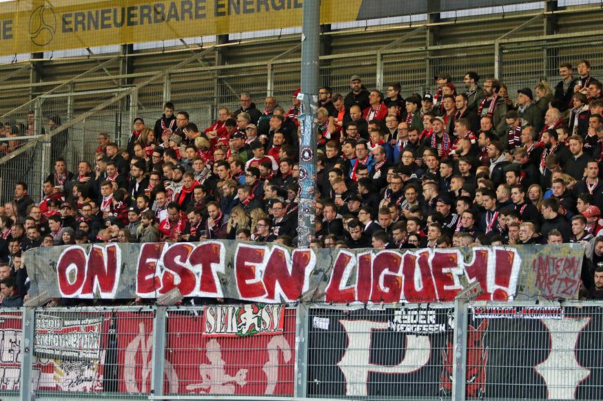 Spruchband zum Aufstieg des befreundeten FC Metz: