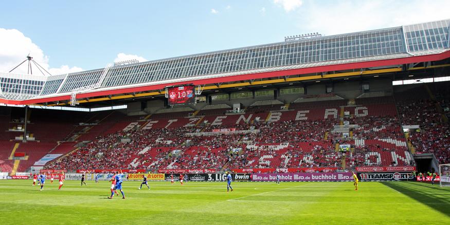 Nur 20.147 Zuschauer wollten das erste Heimspiel der neuen Saison im Stadion sehen