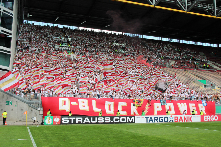 Der Gästeblock gegen Mainz