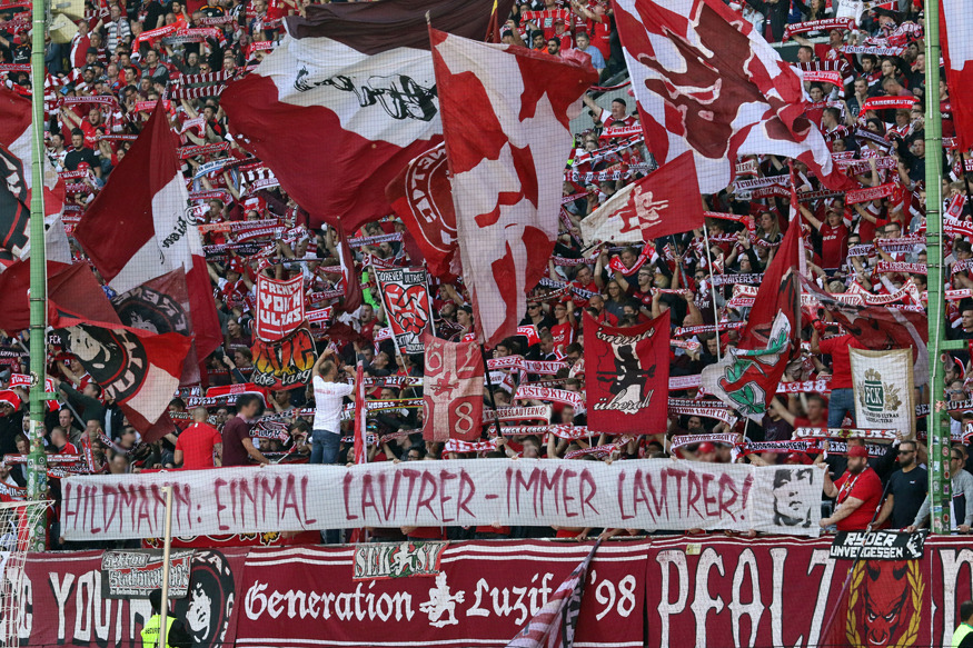 Die FCK-Fans würdigen Ex-Coach Hildmann