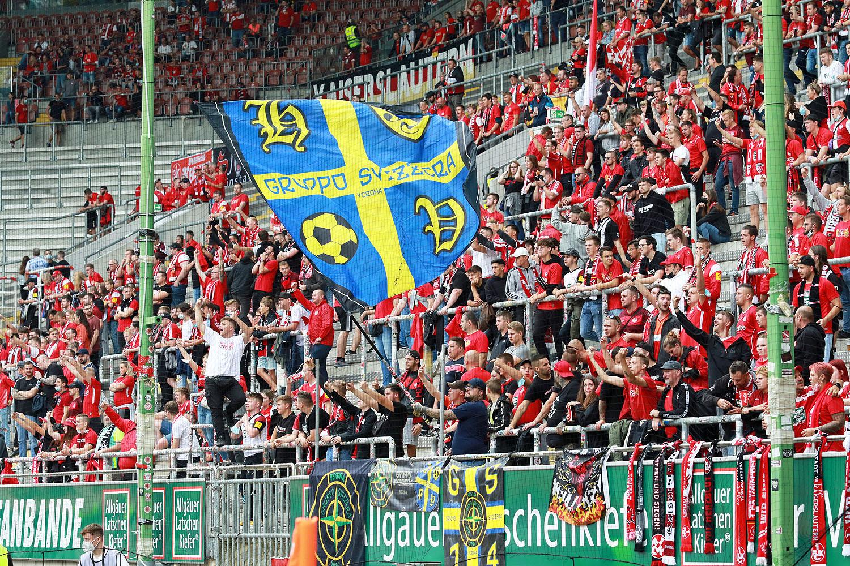 Verona-Fans zu Gast bei den FCK-Hools