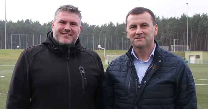 U17-Trainer Jens Kiefer (links) und NLZ-Leiter Manfred Paula
